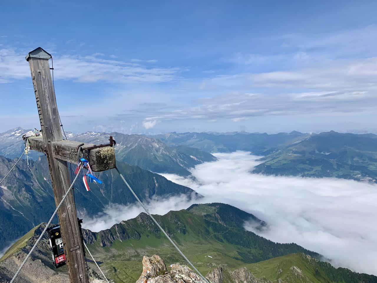 Ahornspitze Cross
