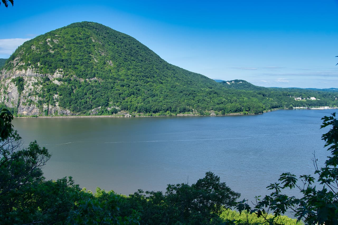 Breakneck Ridge Hudson View