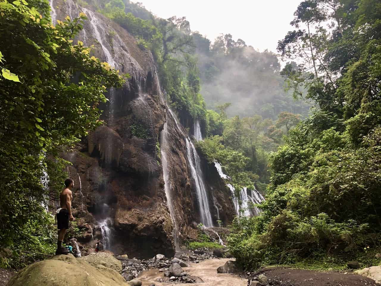 Goa Tetes Waterfall Valley