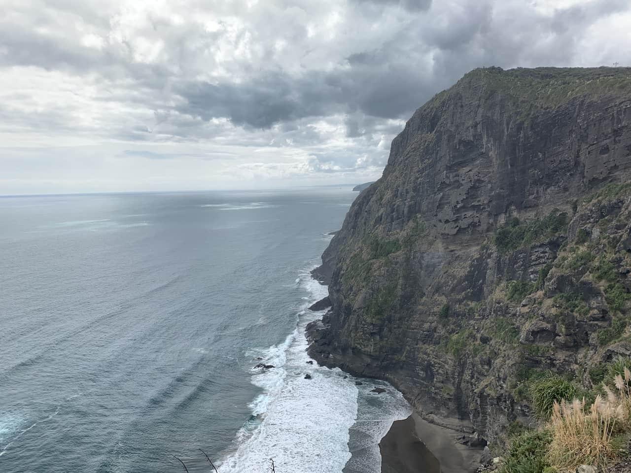 Mercer Bay Loop Cliffs
