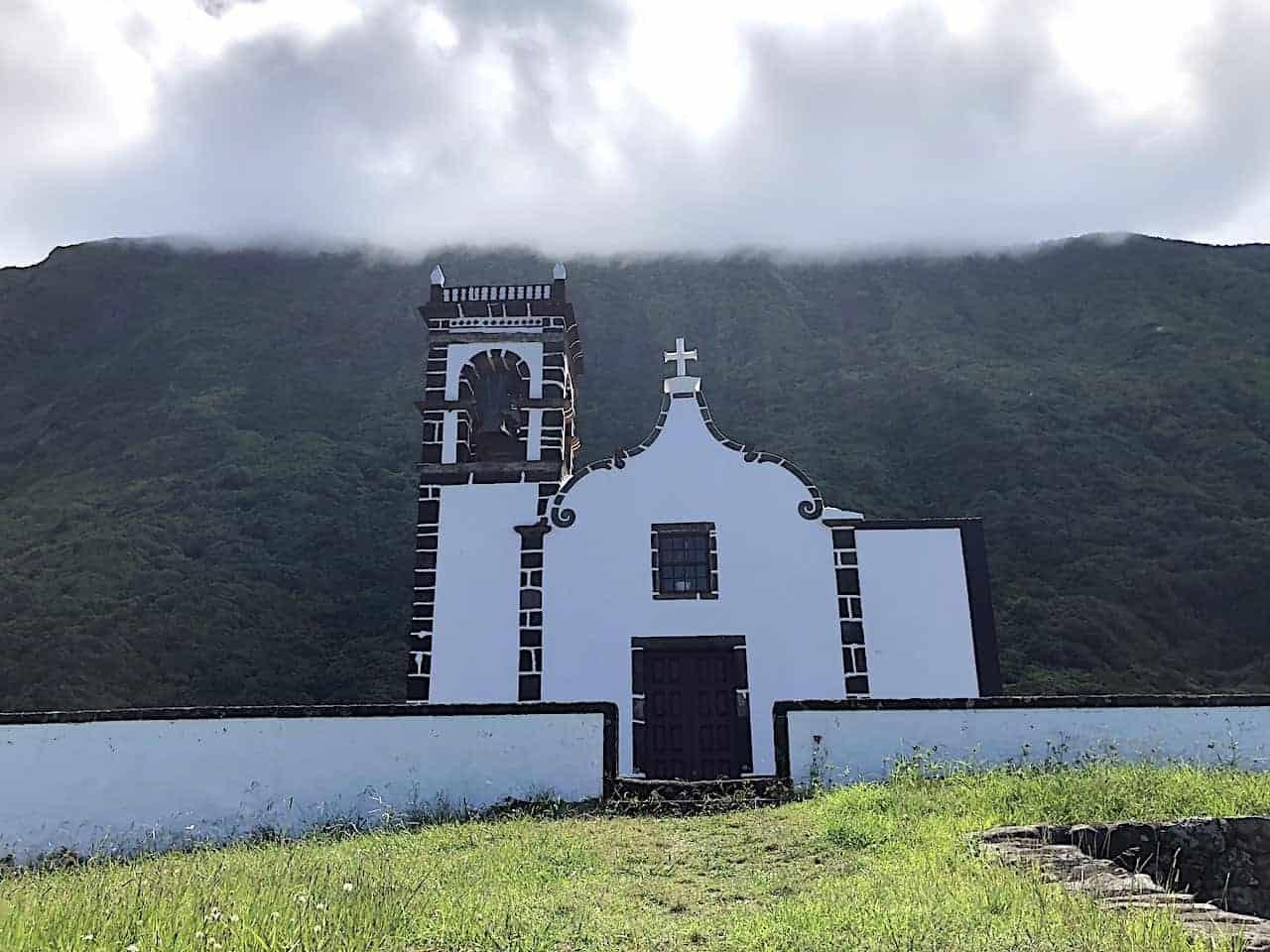 Santo Cristo Church