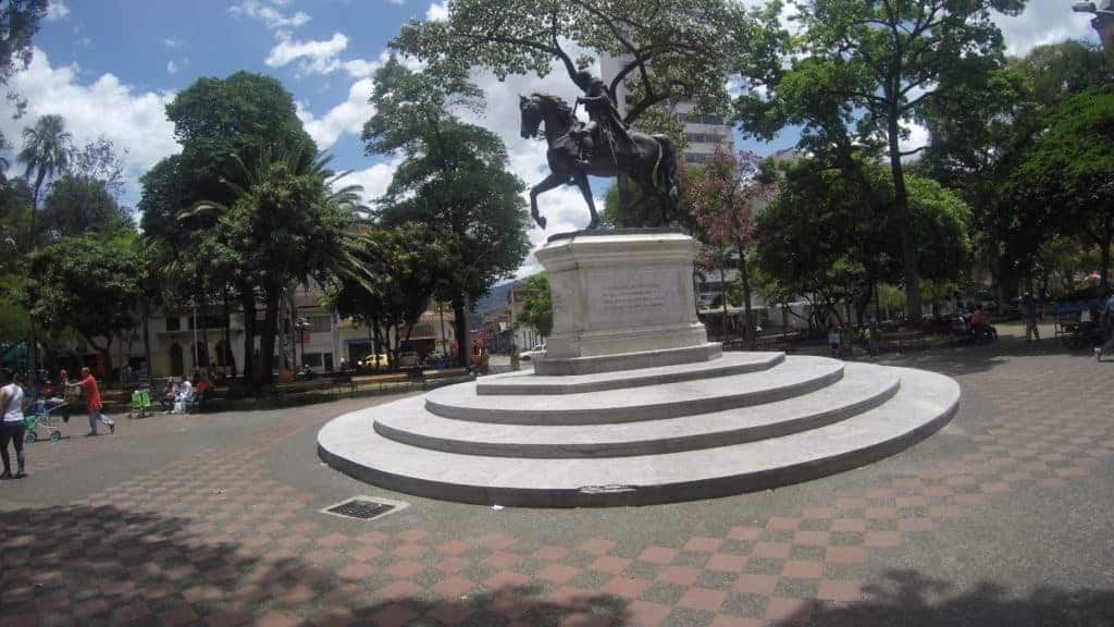 Medellin Parque Bolivar