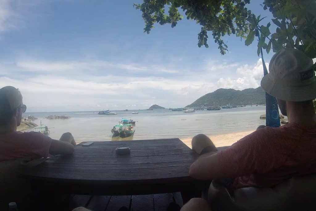 Hiking Koh Tao Bar