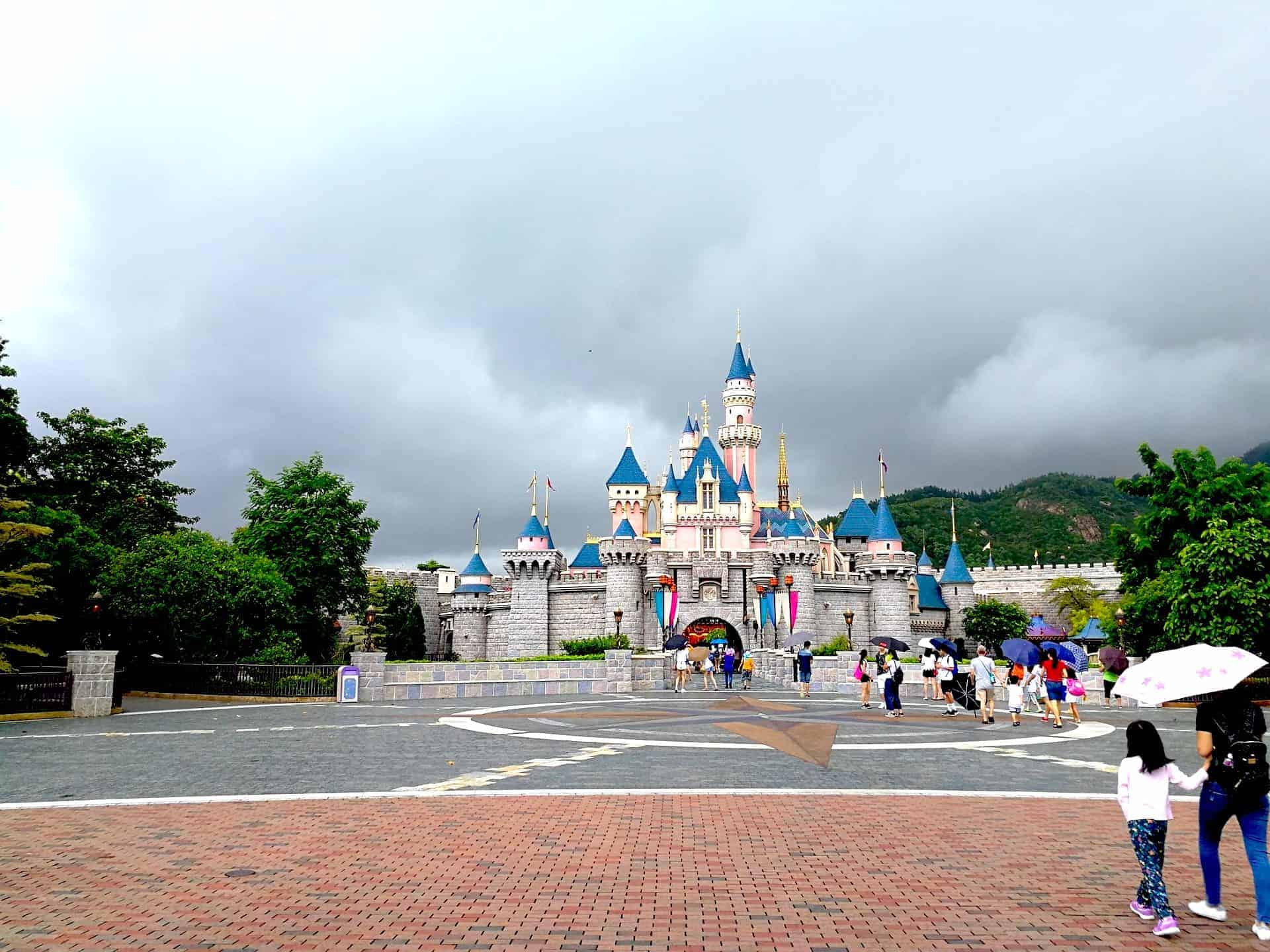 Hong Kong Disney Castle