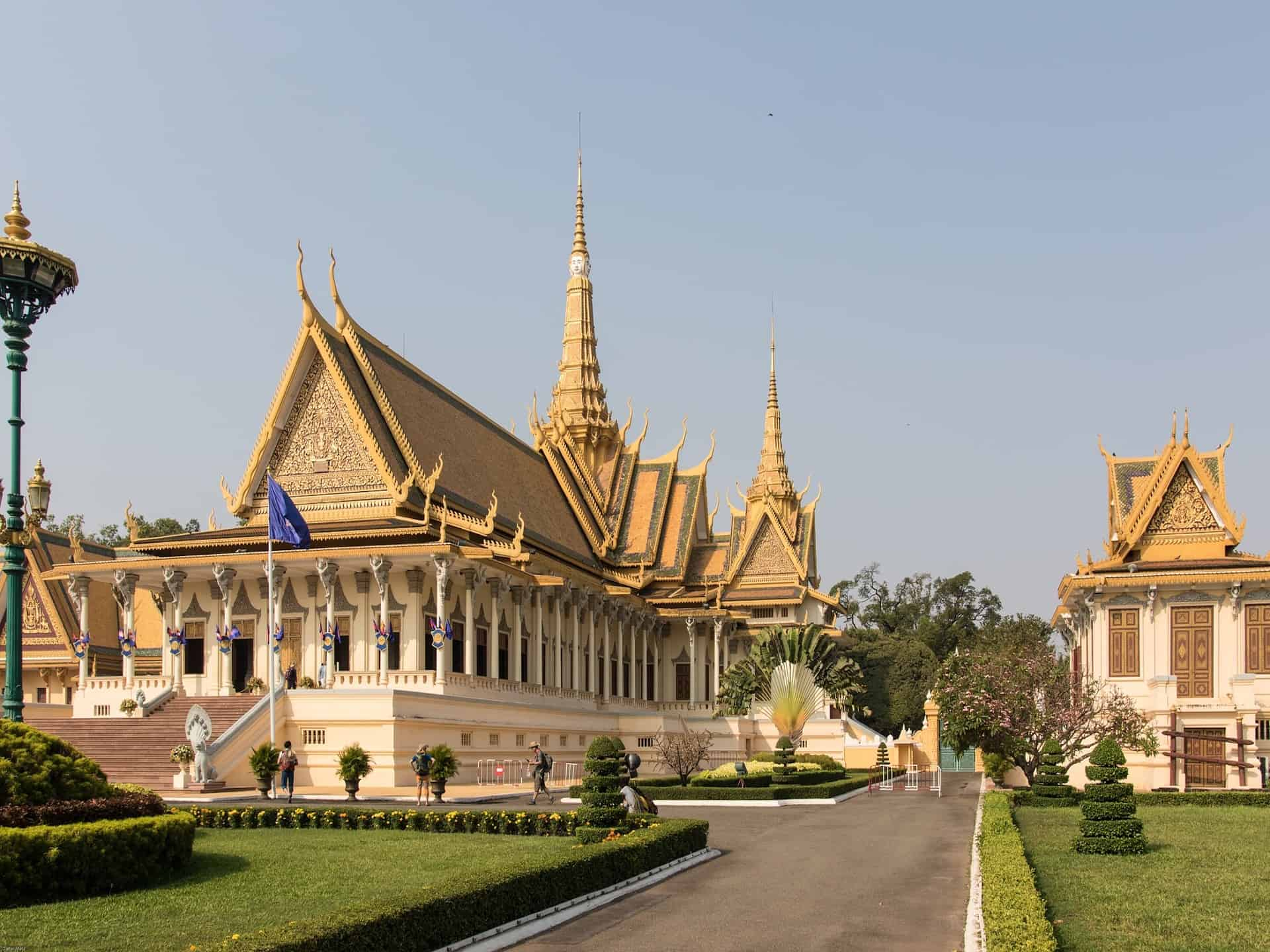 A Phnom Penh Itinerary | 5 Things To Do