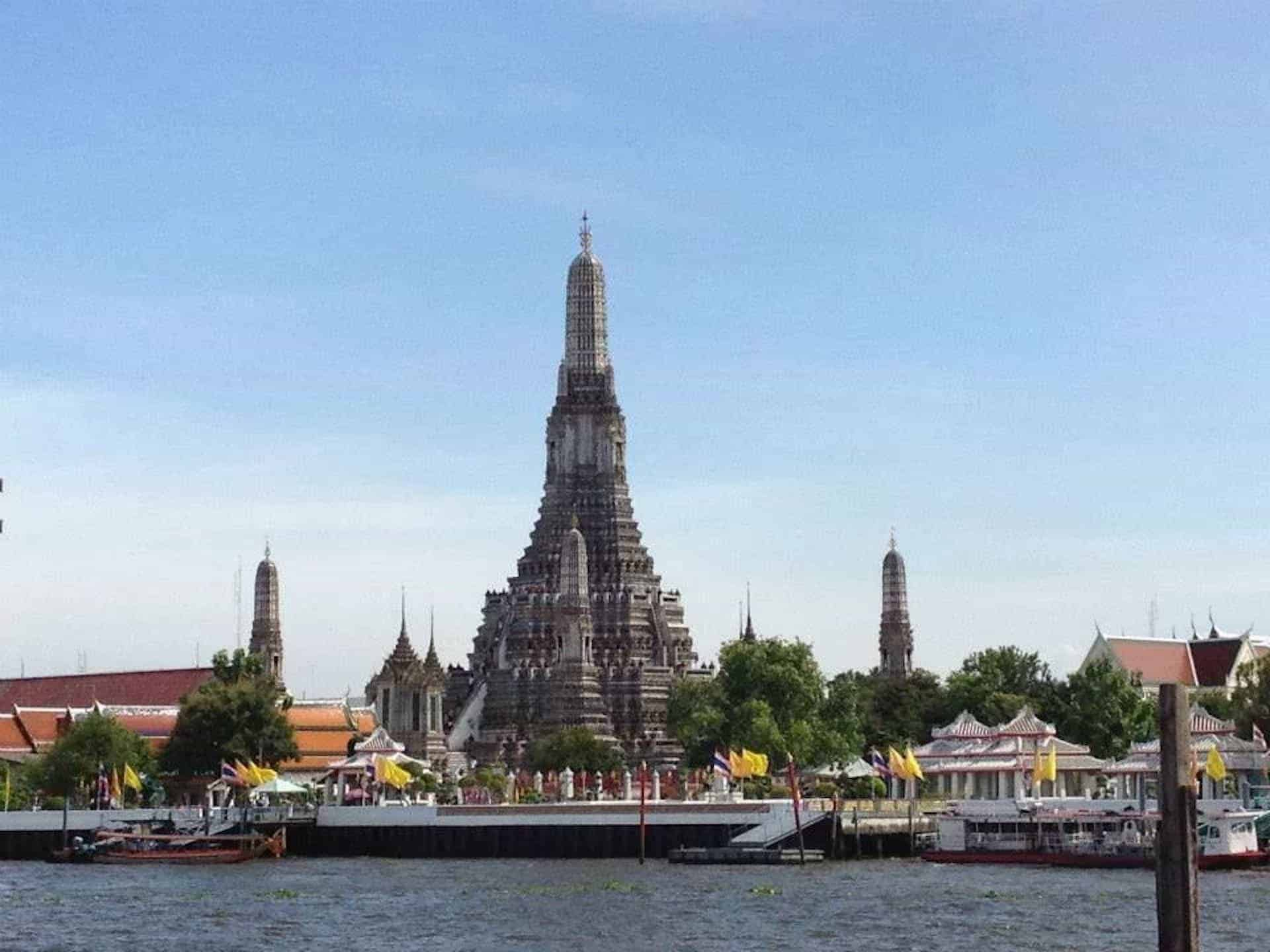 A Simple Bangkok Itinerary – One Day in the Capital