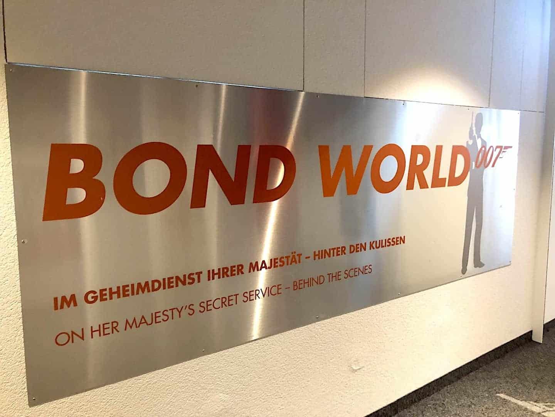 Schilthorn Bond World Entrance