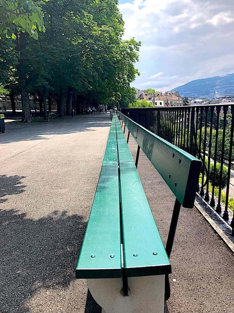 Treille Promenade Bench