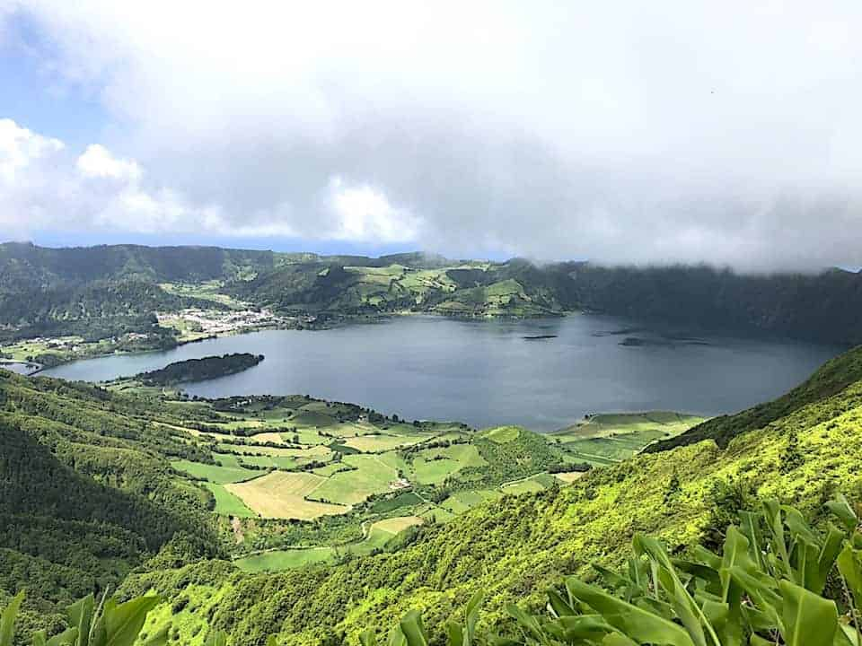 Mata do Canario Sete Cidades Hike Farm Lake