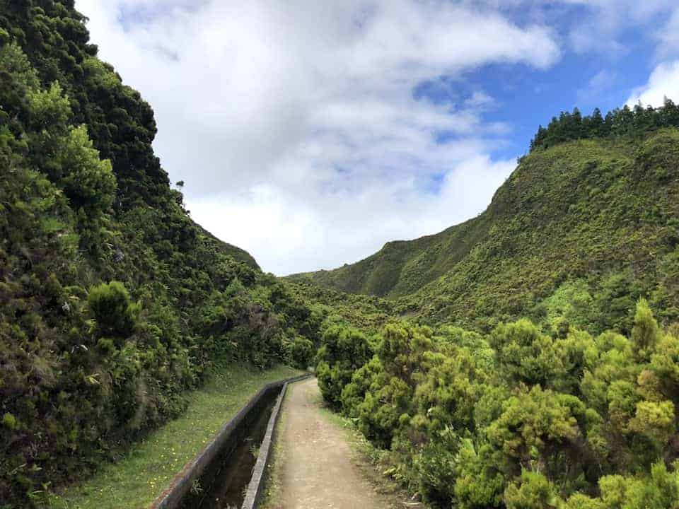 Lagoa do Fogo Hike Aqueduct 2