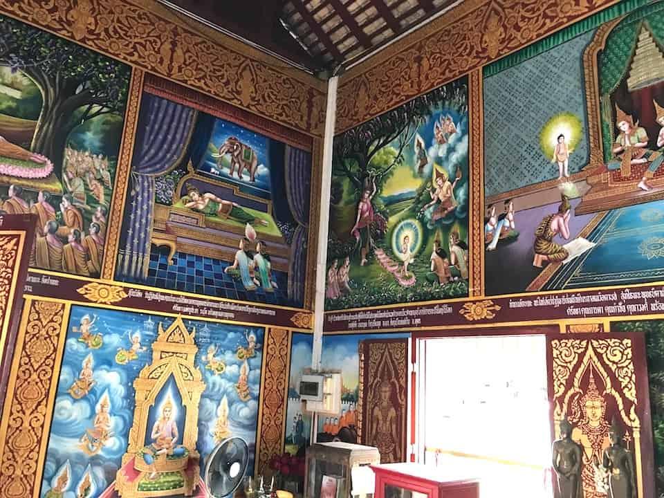 Wat Chiang Man Inside