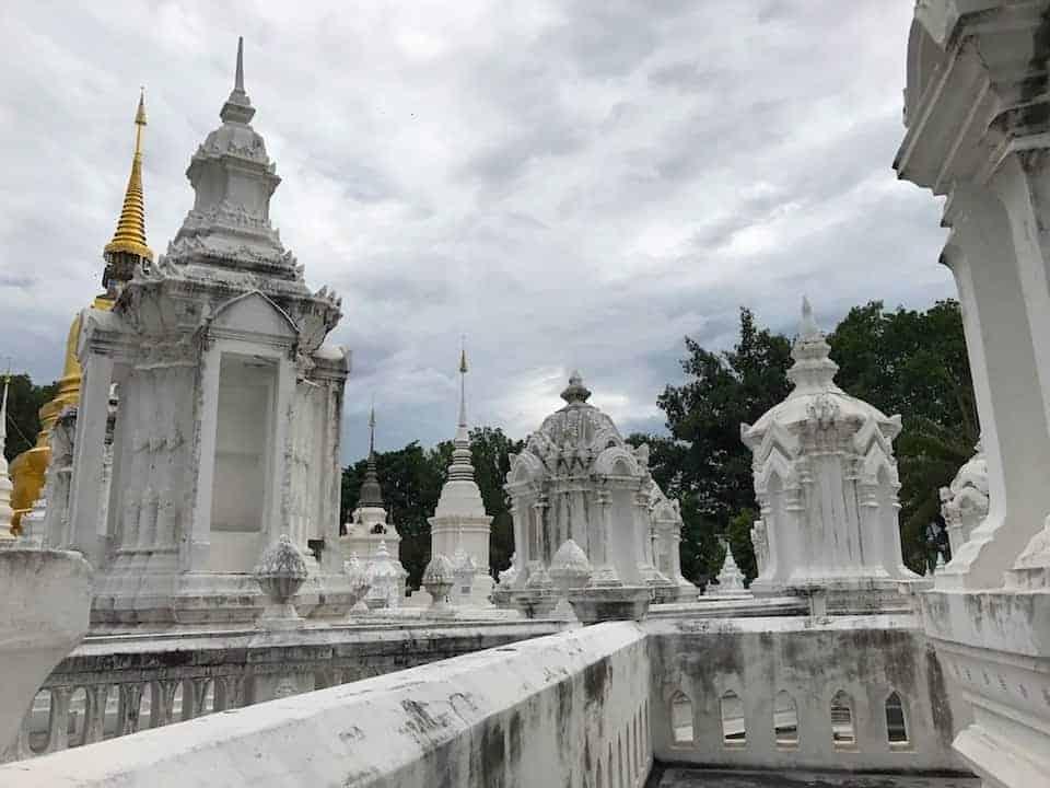 Wat Suan Dok Chedis