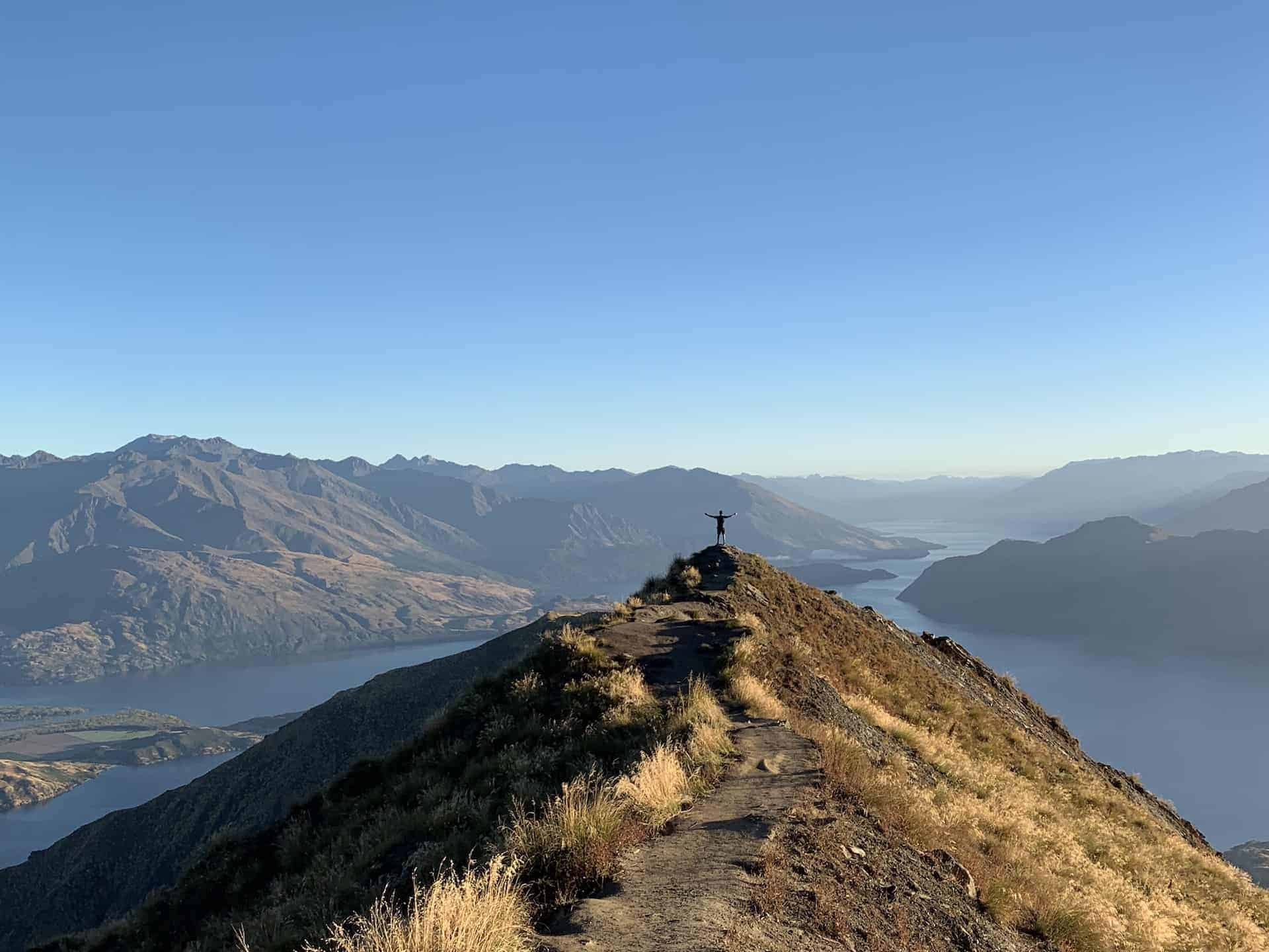 The Roys Peak Hike & How To Avoid The Crowds