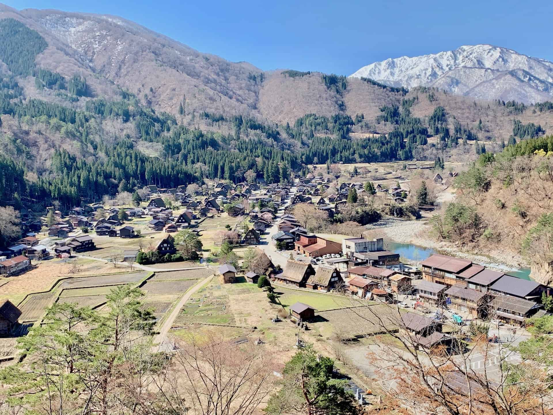 A Shirakawa-go Day Trip