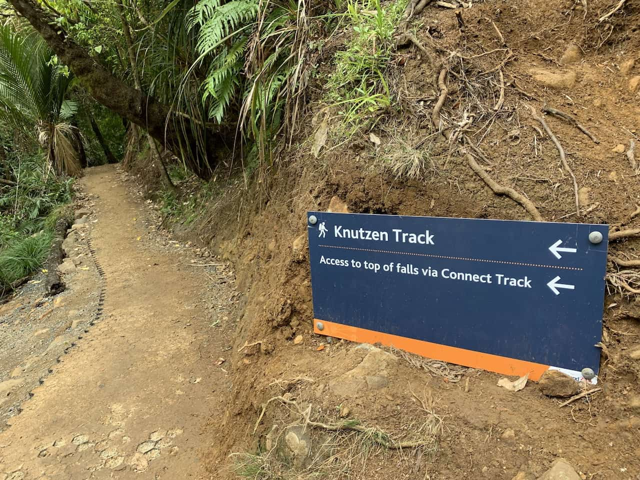 Knutzen Track Sign