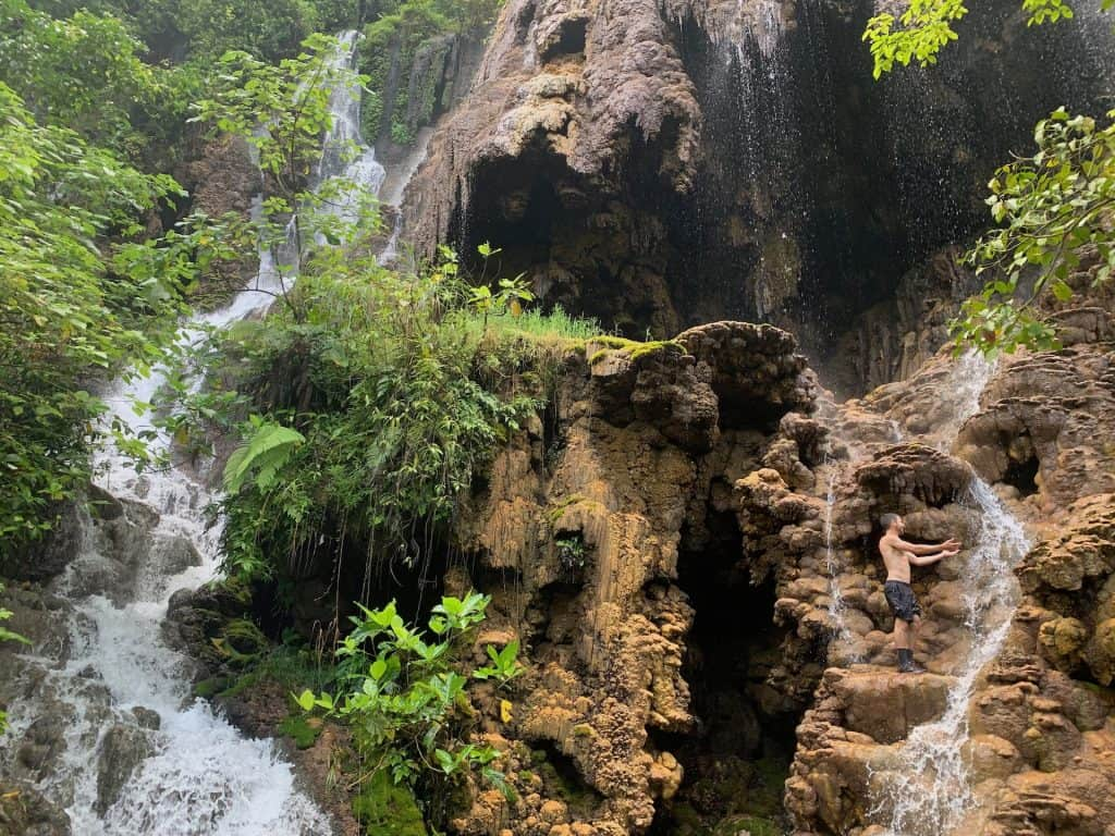Goa Tetes Waterfall
