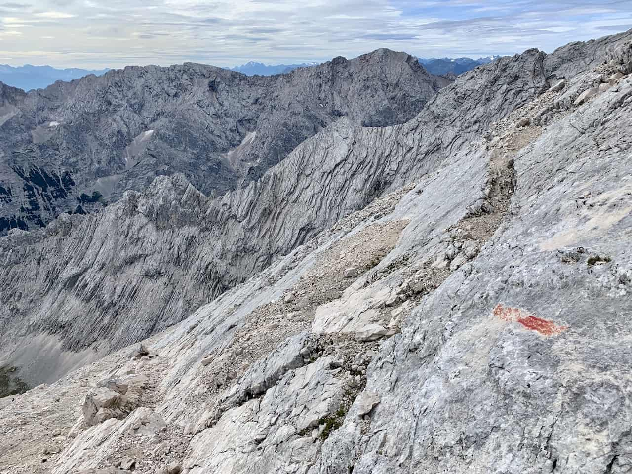 Alpspitze Hiking Markers