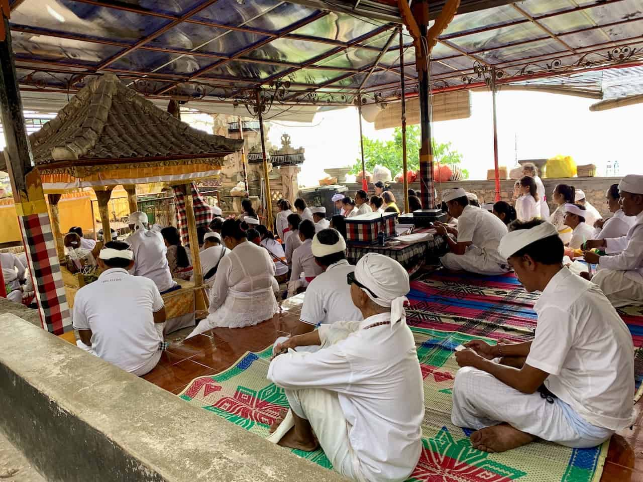 Goa Giri Putri Nusa Penida Ritual