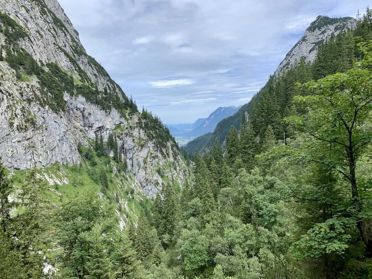 Hollental Valley Hike
