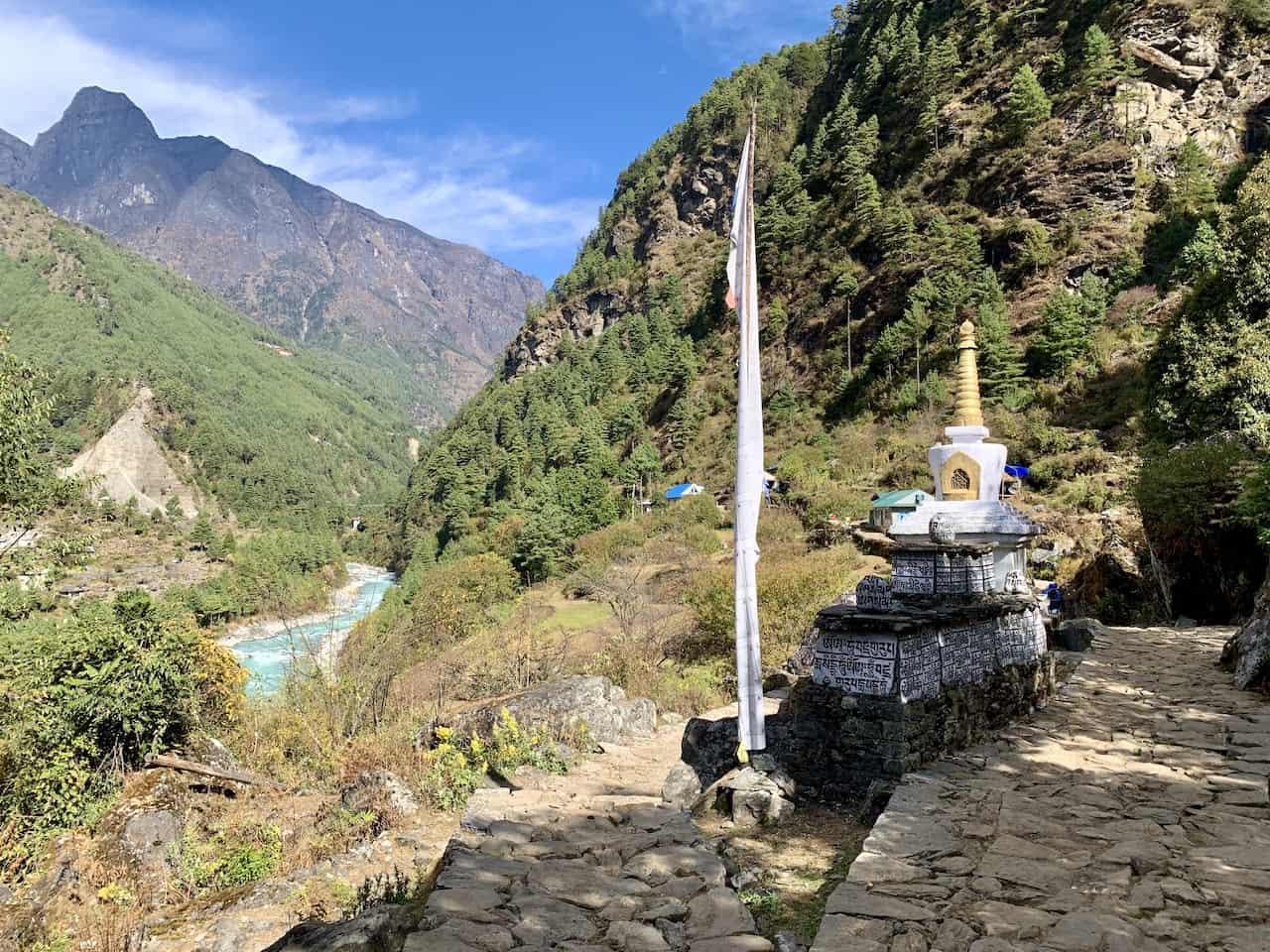 Lukla to Phakding Trail