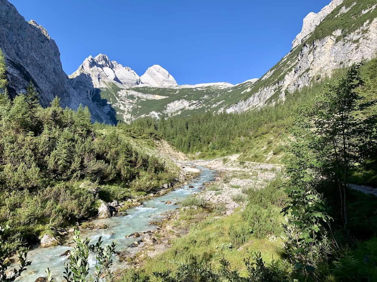 Reintal Valley River Zugspitze