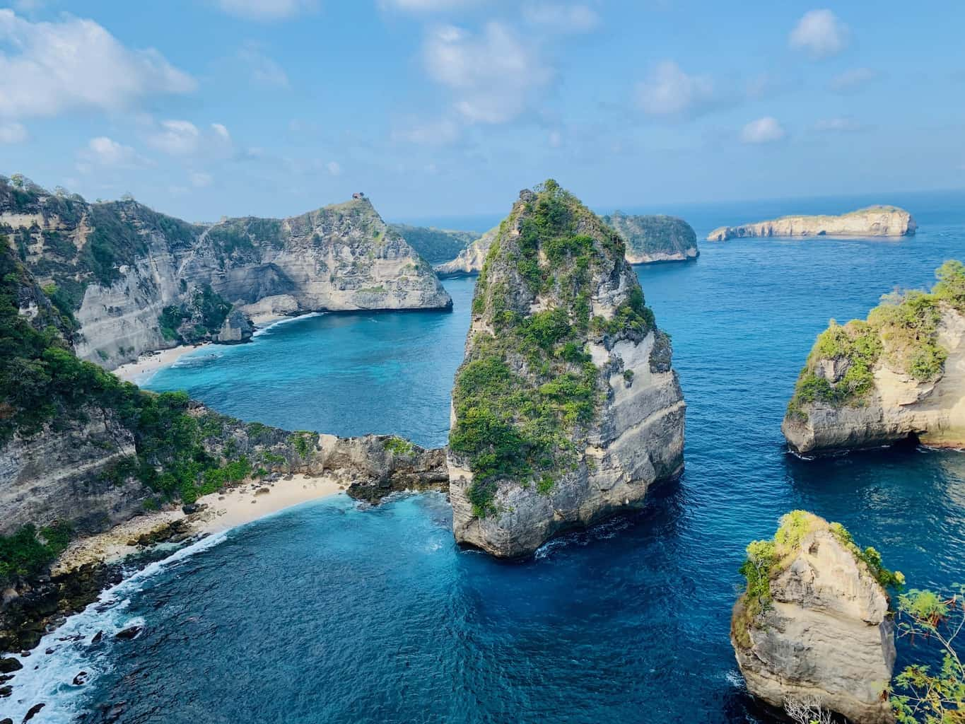 Thousand Islands Viewpoint Nusa Penida