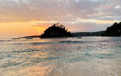 A Guide to Crystal Bay Beach of Nusa Penida