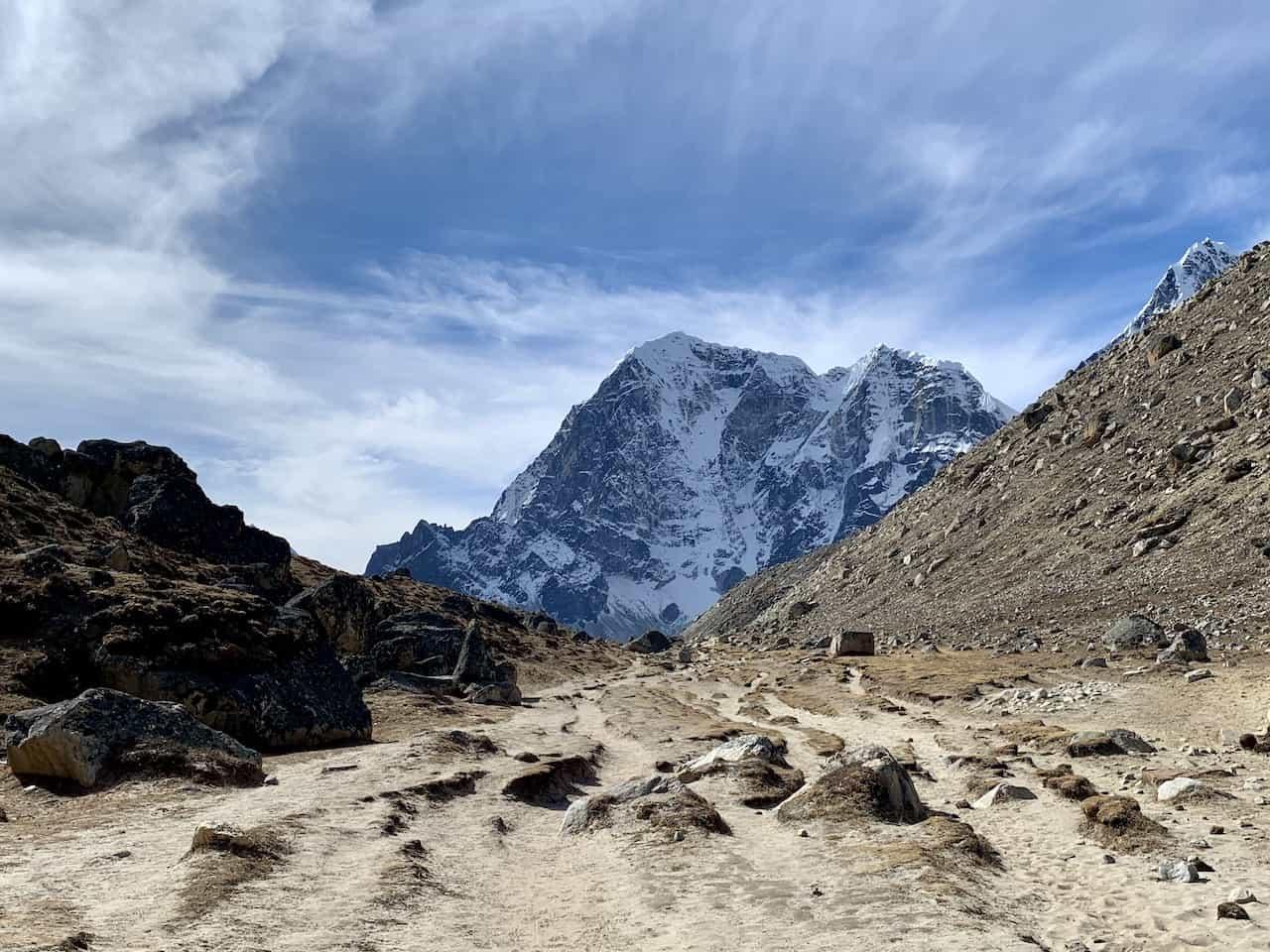 Trek to Lobuche Nepal