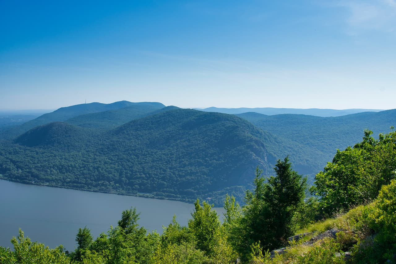 Breakneck Ridge View Hudson