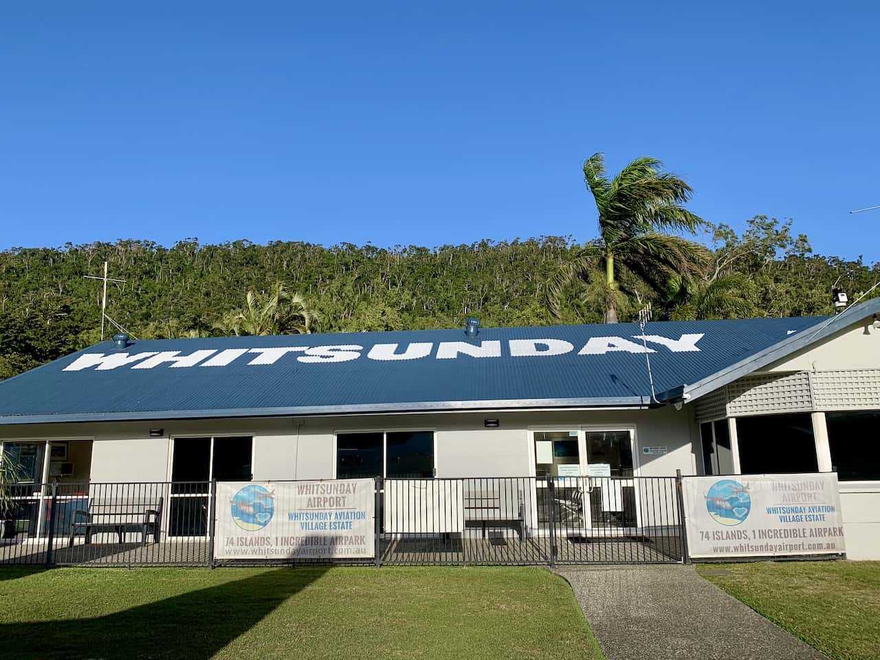 Whitsunday Airport Airlie Beach