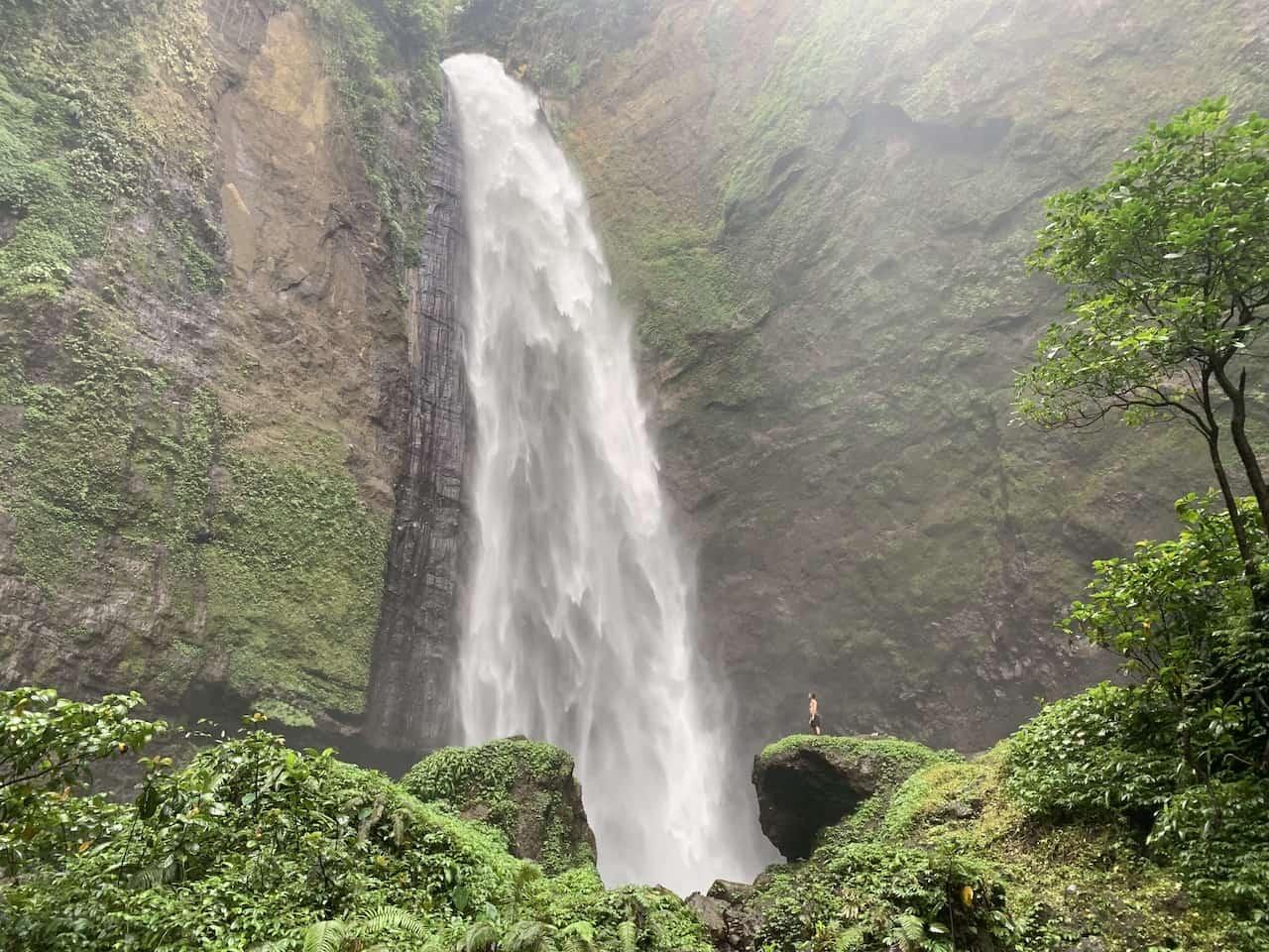 Kabut Pelangi Waterfall Java