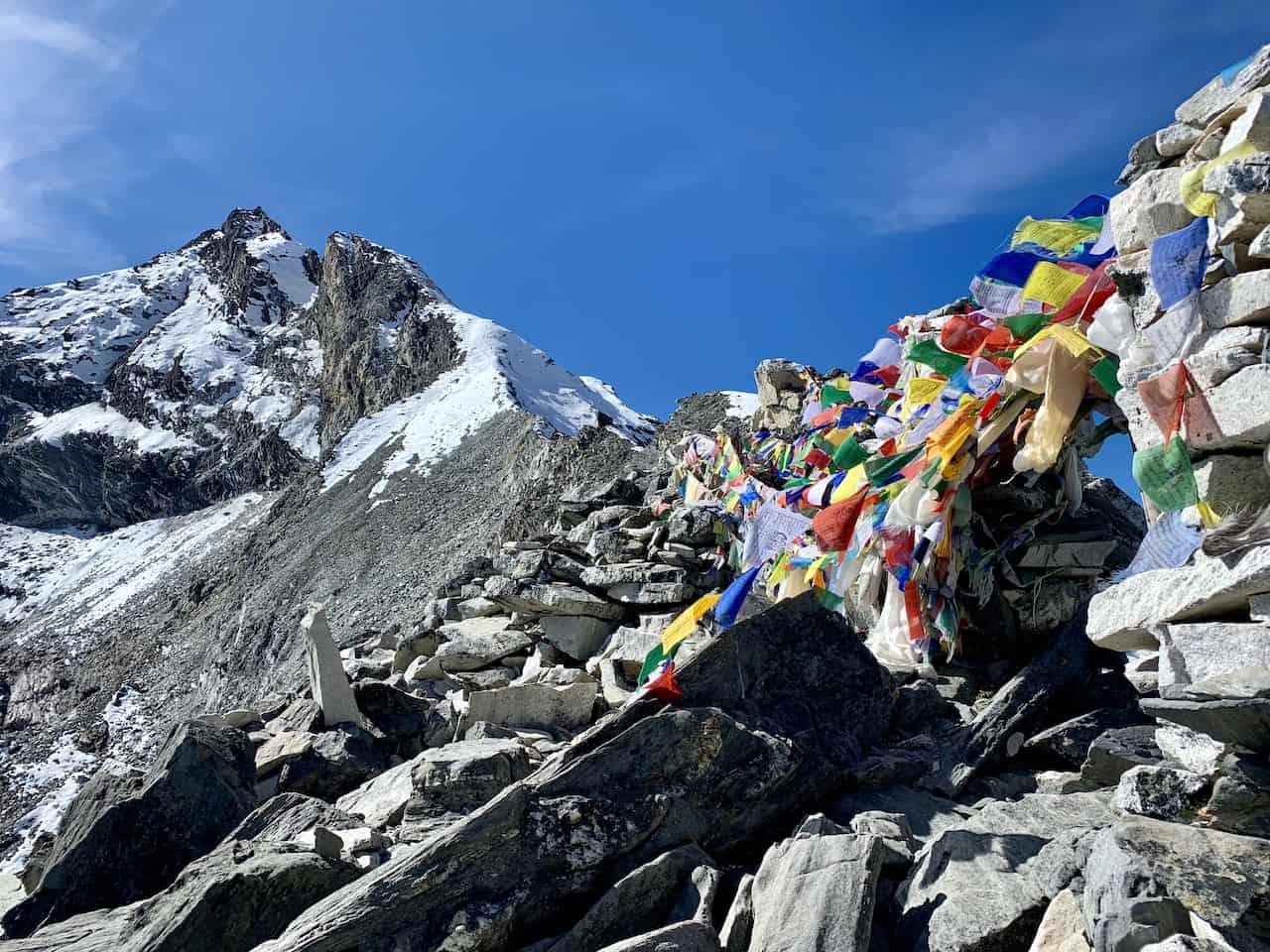 Kongma La Pass Sherpa Flags