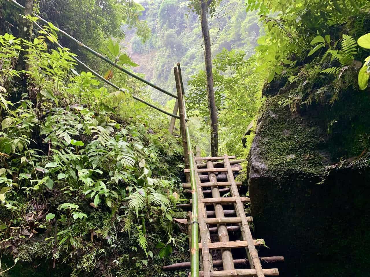 Kabut Pelangi Ladder