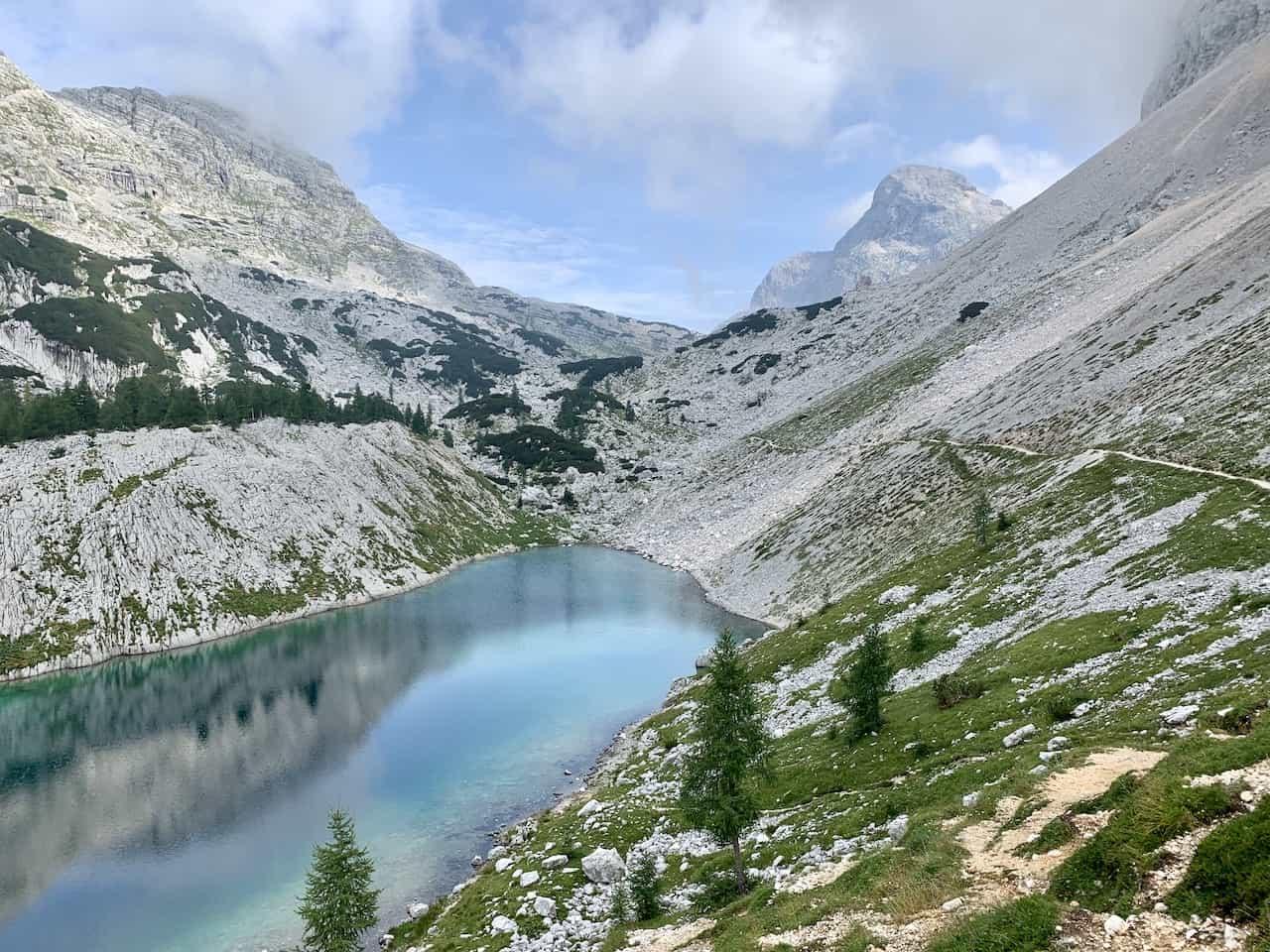 Jezero v Ledvicah Triglav Lakes