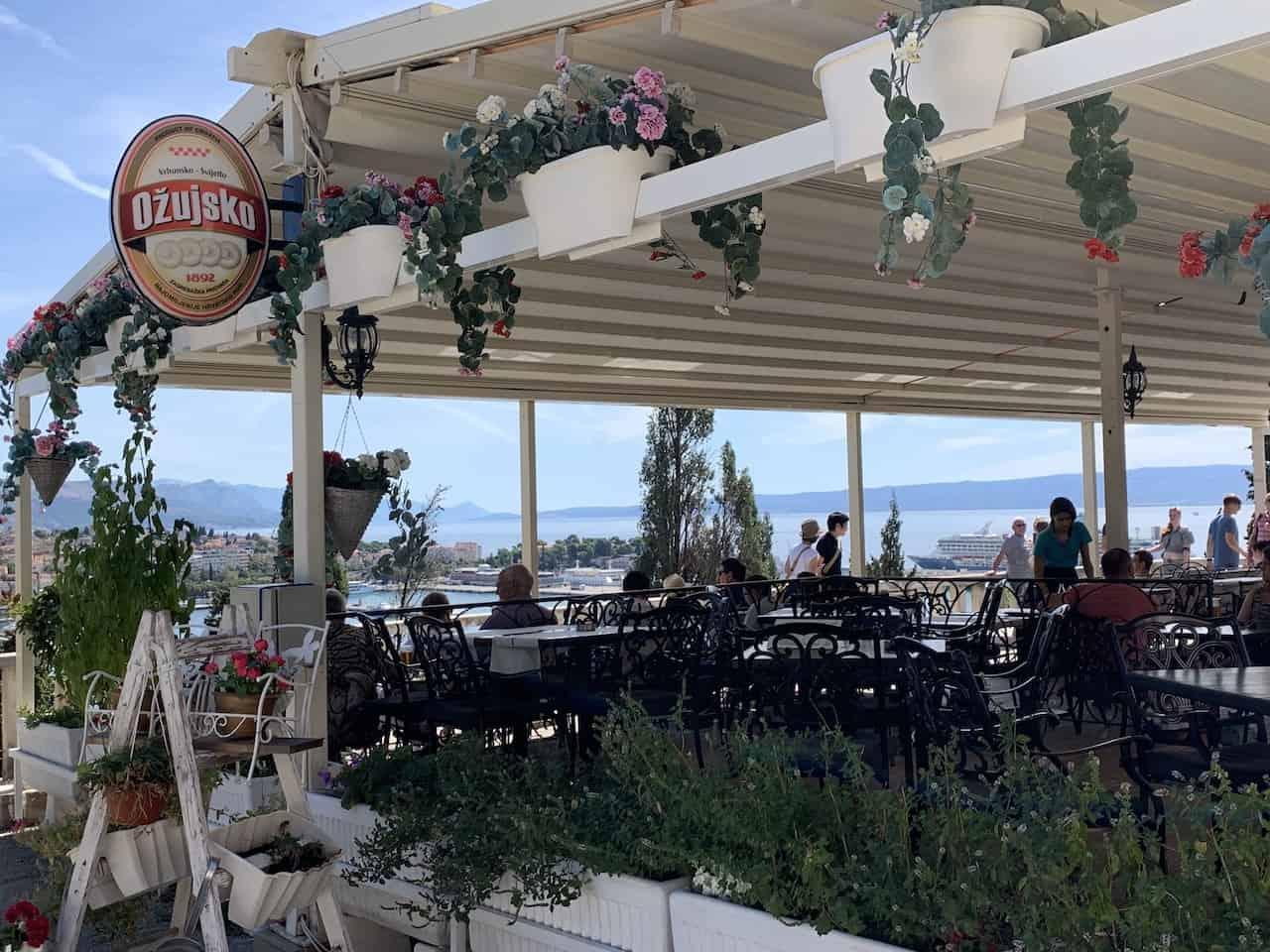 Split Restaurant