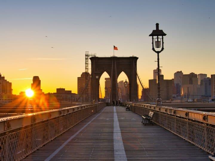 How to Enjoy a Brooklyn Bridge Sunrise Experience