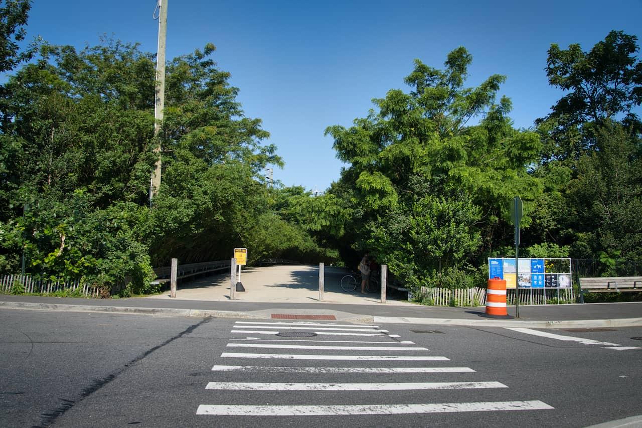 Brooklyn Bridge Park Entrance