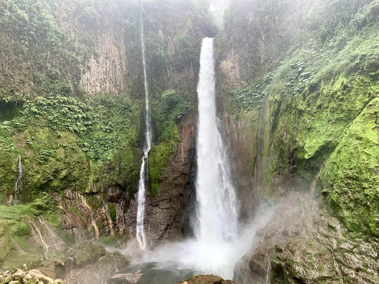 Catarata del Toro Falls