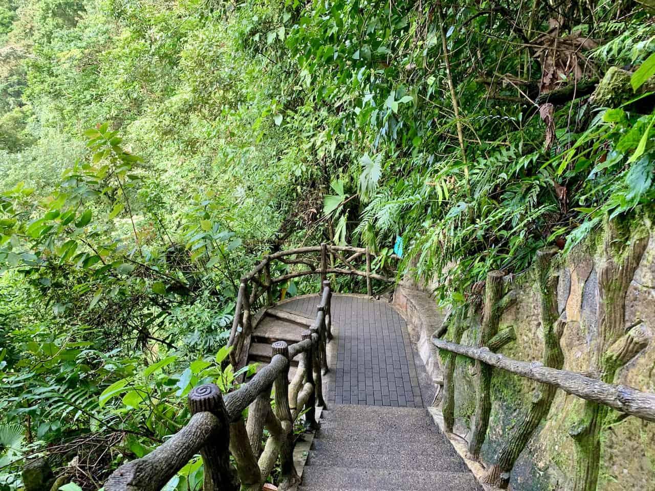 La Fortuna Waterfall Stairs
